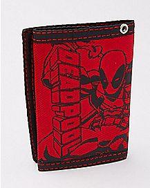 Deadpool Rubber Patch Trifold Wallet - Marvel Comics