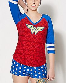 Wonder Woman Shirt and Shorts Set - DC Comics