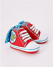 Caped Wonder Woman Baby Sneakers - DC Comics
