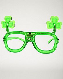 Light Up Shamrock Glasses