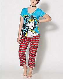Wonder Woman Pajama Set - DC Comics