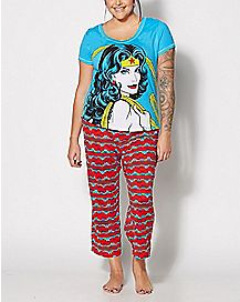 Plus Size Wonder Woman Glow In The Dark Pajama Set - DC Comics