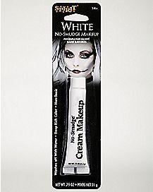 No Smear White Makeup